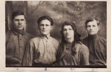 Перші комсомольці села